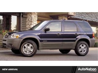 2002 Ford Escape XLS Value SUV