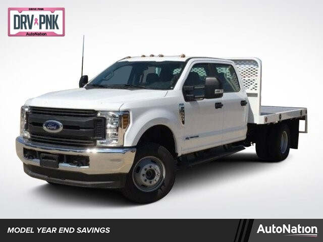 2018 Ford F-350 Chassis XL Truck Crew Cab