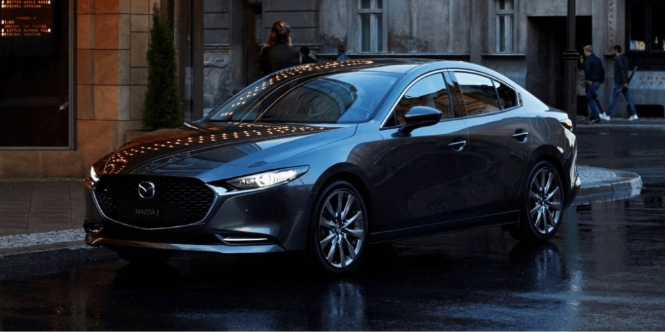2019 Mazda3 front 3/4 view
