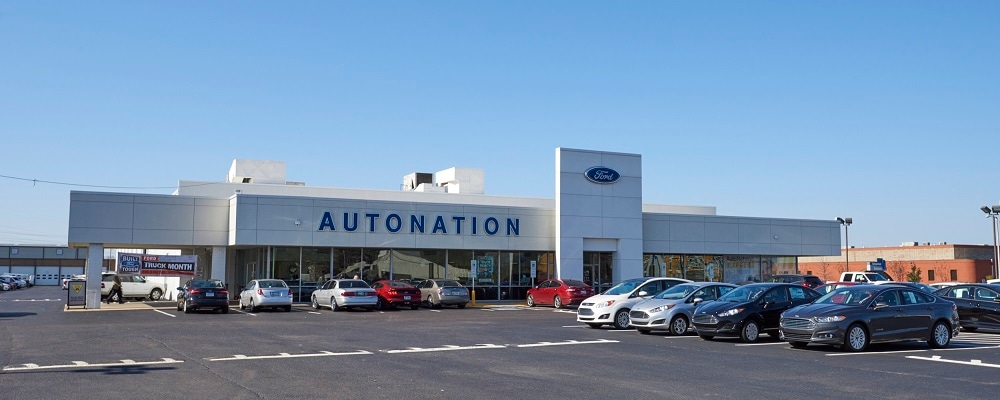 Outside view of AutoNation Ford Memphis