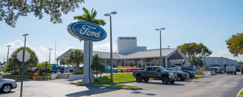 Outside view of AutoNation Ford Miami