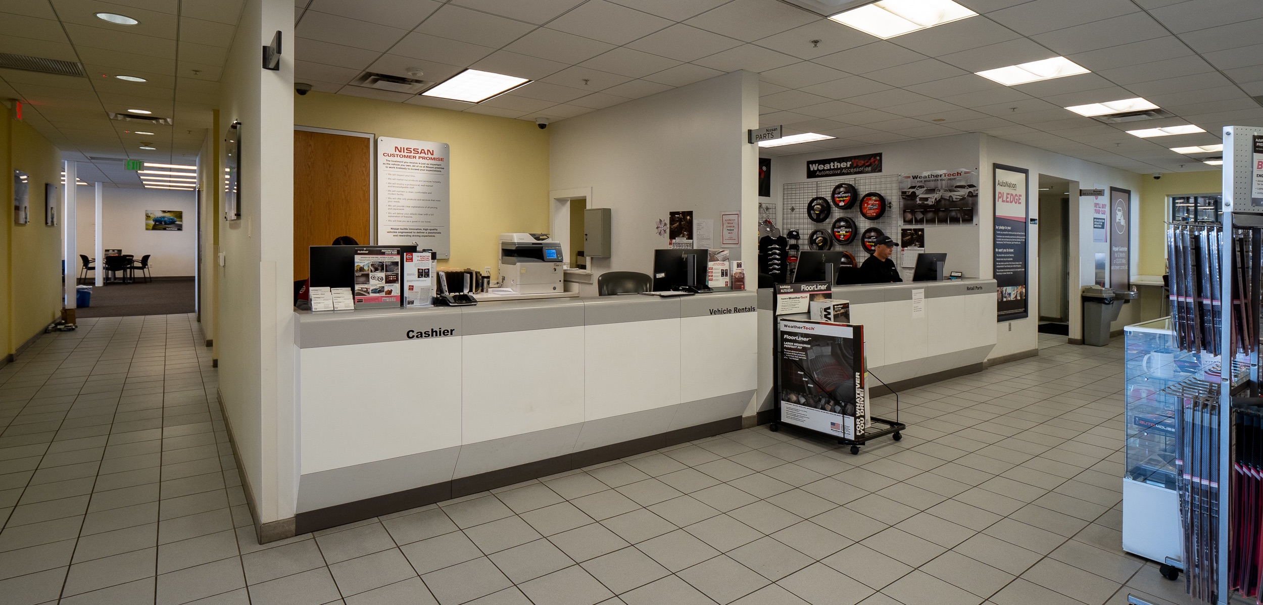 AutoNation Nissan Chandler Parts Department