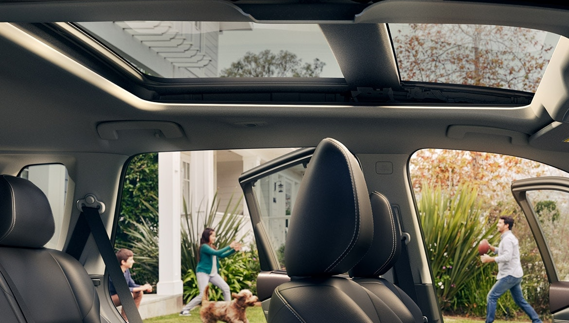 2021 Nissan Rogue dual panel panoramic sunroof