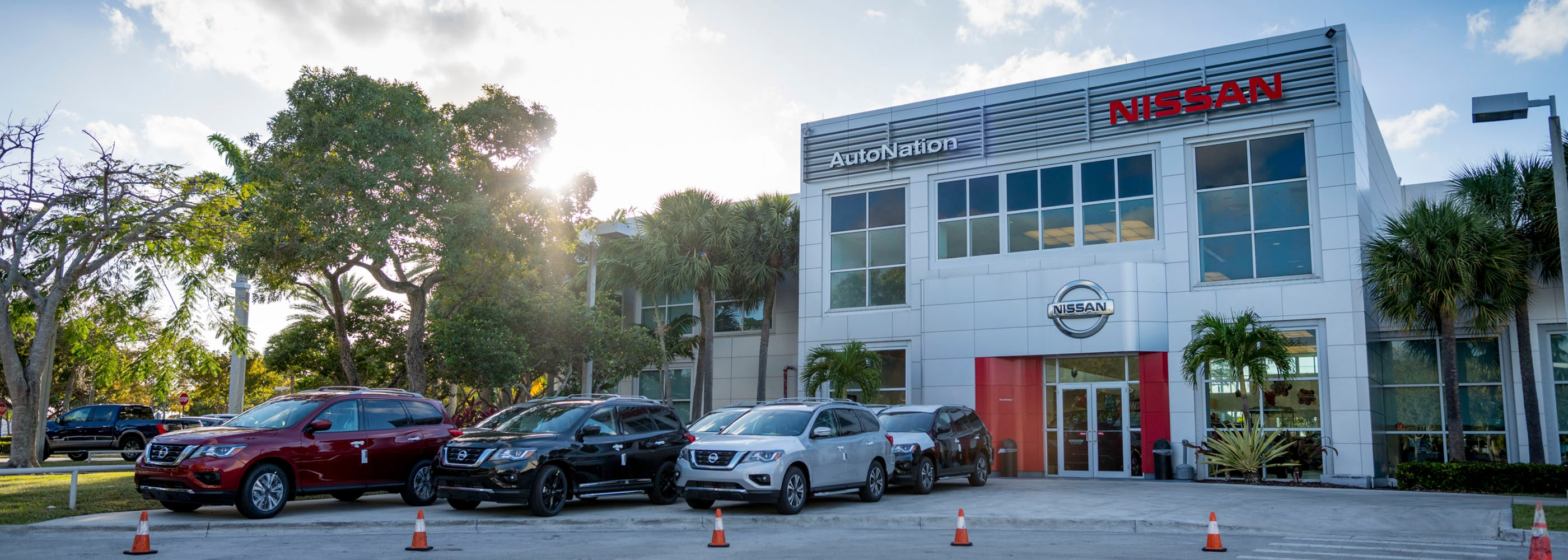 Elegant New Nissan Dealer In Palmetto Bay