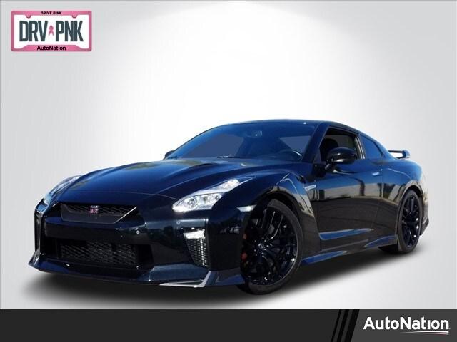 2017 Nissan GT-R Premium Coupe