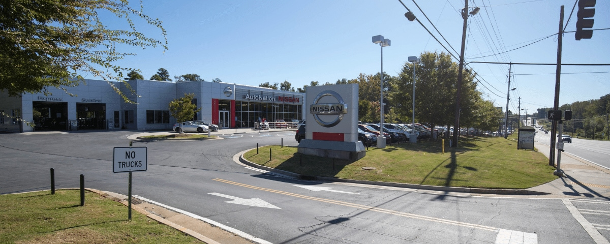 Outside view of AutoNation Nissan Marietta