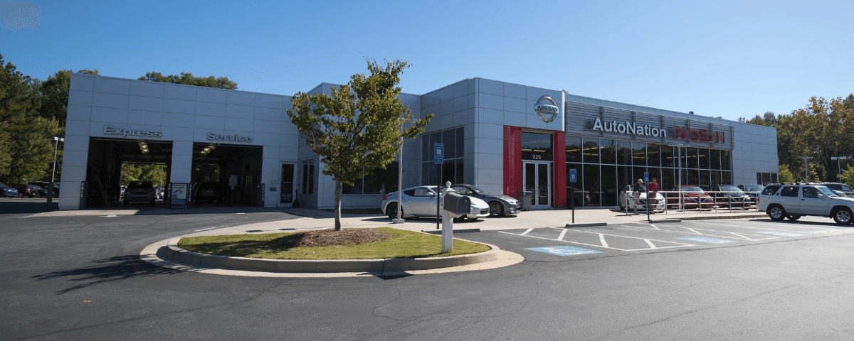 Exterior view of AutoNation Nissan Marietta