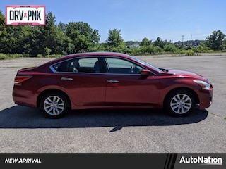 2015 Nissan Altima 2.5 4dr Car