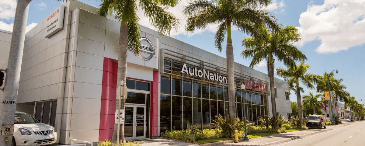 Exterior view of AutoNation Nissan Miami