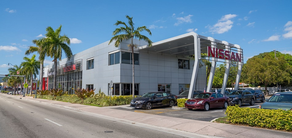 Exterior view of Nissan Miami Serving Kendall