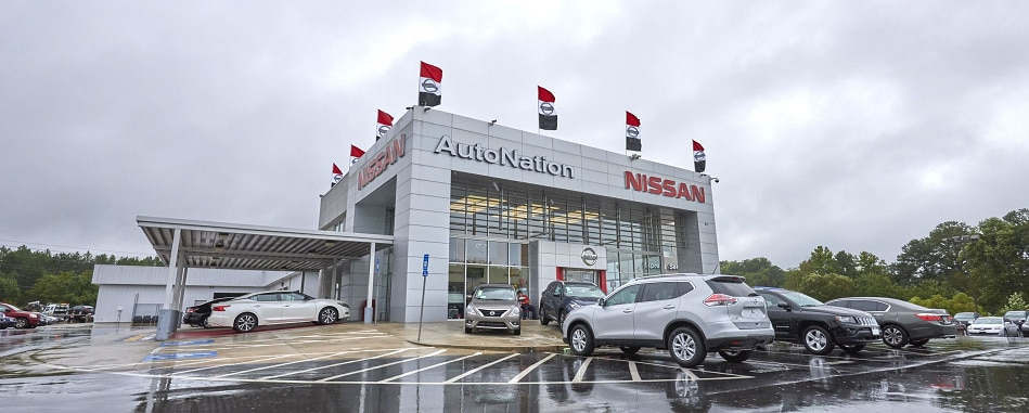 Exterior entrance to AutoNation Nissan Thornton Road dealer during the day