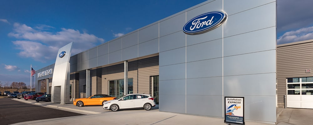 Outside view of AutoNation Ford North Canton