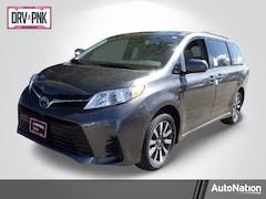 2020 Toyota Sienna LE 7 Passenger Van