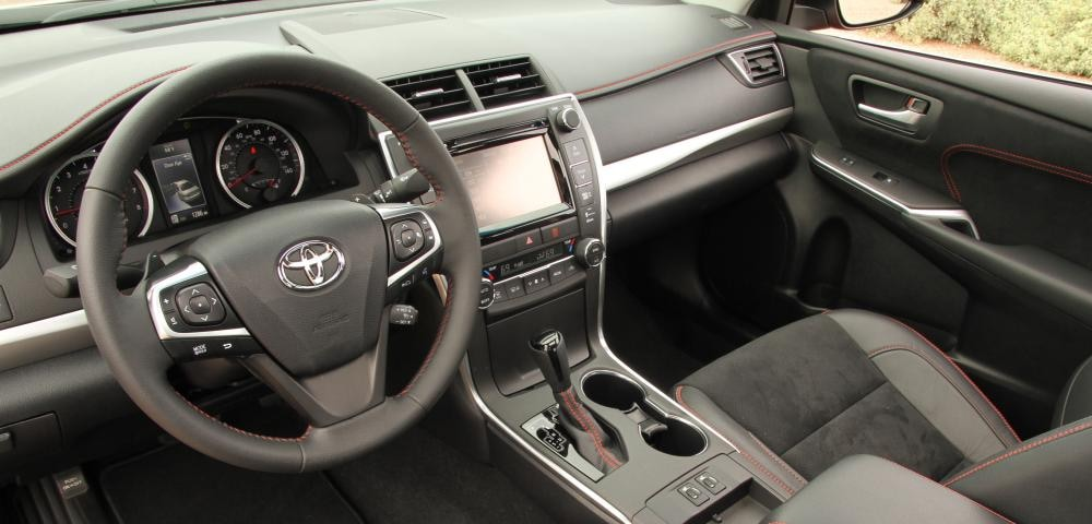 Used 2015 Toyota Camry Interior Near Clearwater