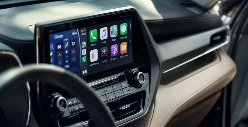 2021 Toyota Highlander Apple CarPlay