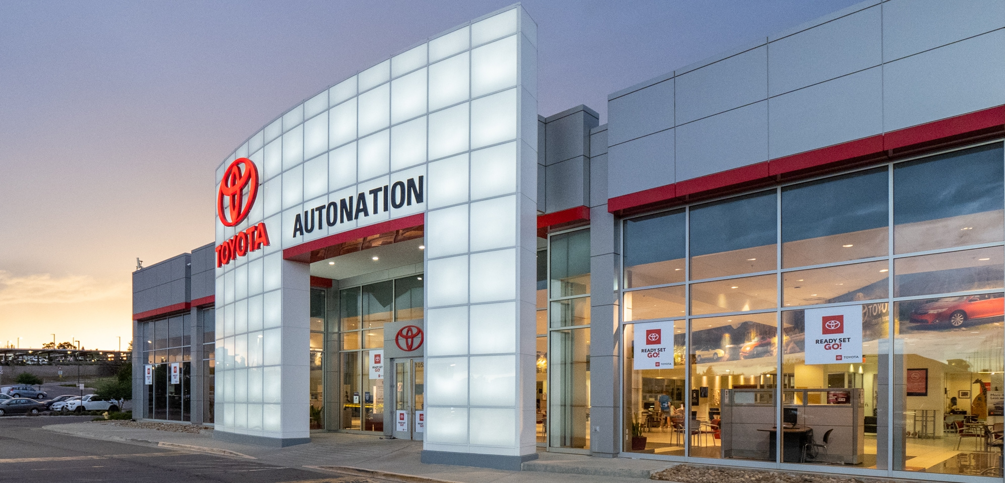 Exterior view of AutoNation Toyota Arapahoe