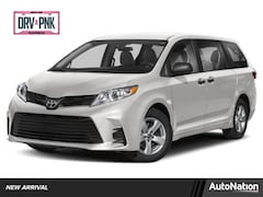 2020 Toyota Sienna LE Van Passenger Van