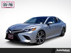 2019 Toyota Camry Hybrid Hybrid SE Sedan