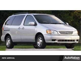 2002 Toyota Sienna LE Van