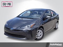 2020 Toyota Prius LE Hatchback