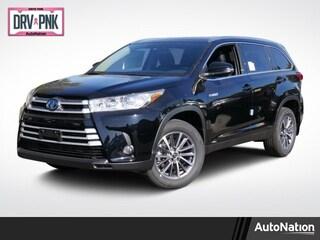 New 2019 Toyota Highlander Hybrid XLE V6 SUV
