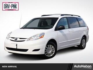 2010 Toyota Sienna LE w/8 Pass. Seating Van