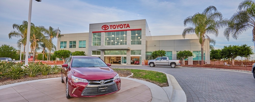 Exterior view of AutoNation Toyota Irvine during the day