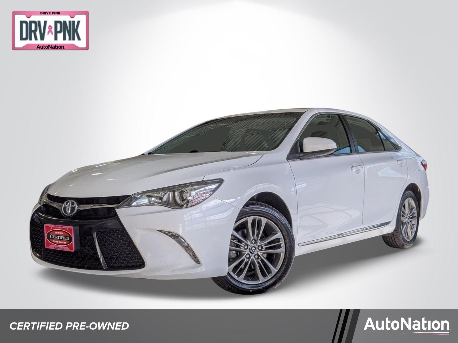 2017 Toyota Camry SE Sedan