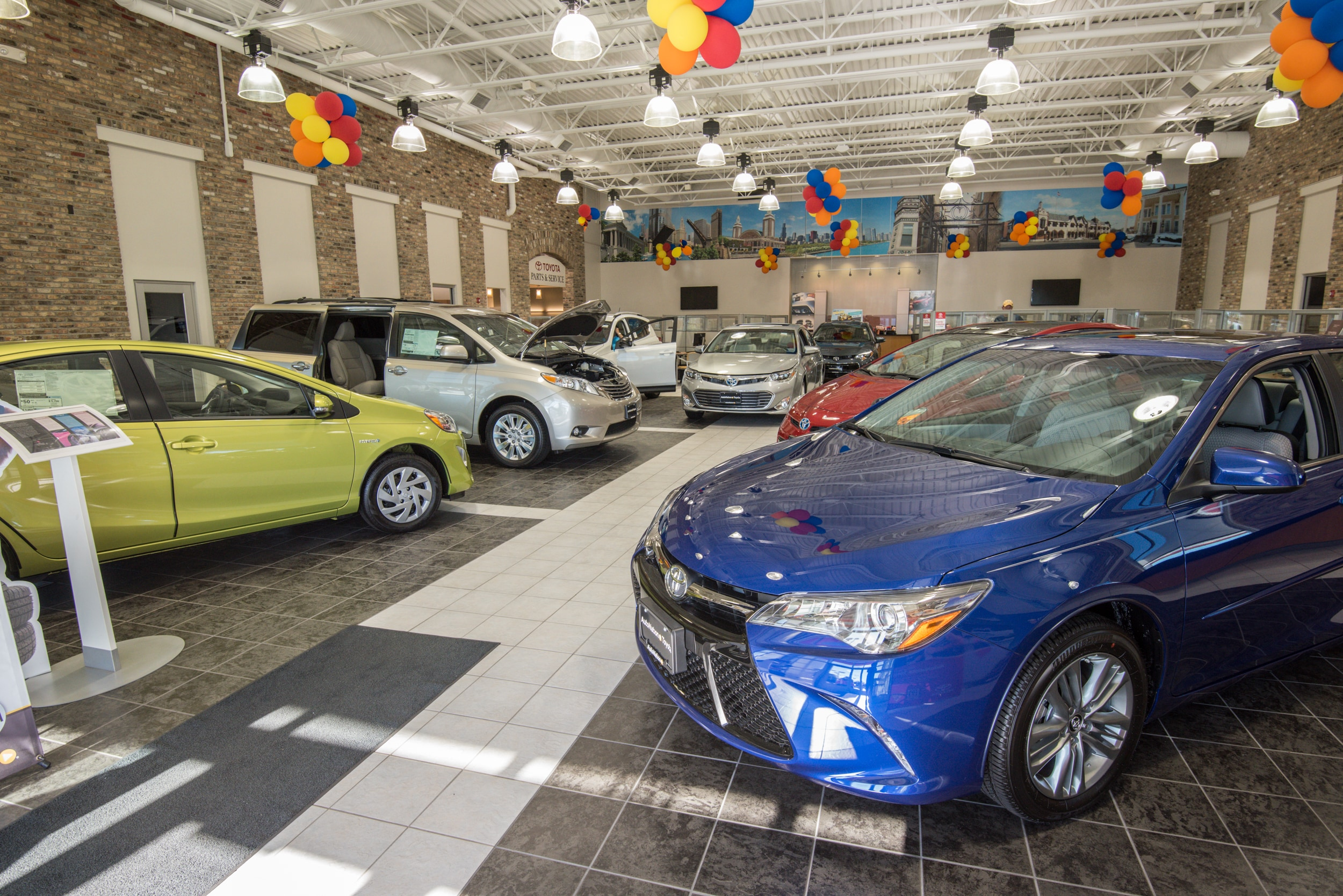 Libertyville Toyota Dealer