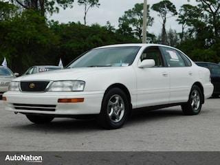 1997 Toyota Avalon XLS Sedan