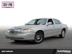 2006 Lincoln Town Car Designer Series Sedan