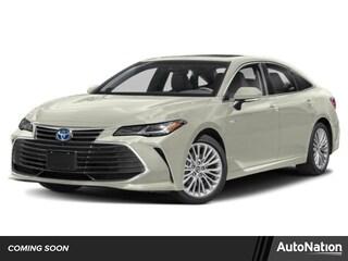 New 2019 Toyota Avalon Hybrid Limited Sedan