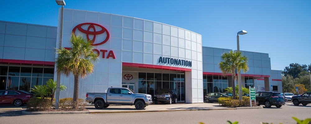 Exterior view of AutoNation Toyota Pinellas Park during the day