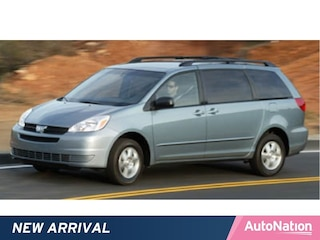 2005 Toyota Sienna CE w/8 Pass. Seating Van