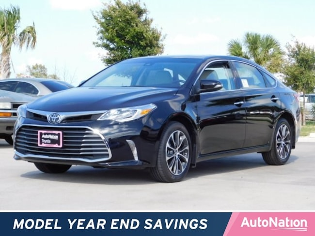 2017 Toyota Avalon XLE Premium Sedan