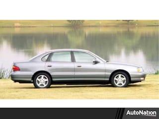 1999 Toyota Avalon XL Sedan