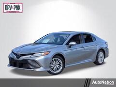 2020 Toyota Camry Hybrid XLE Sedan