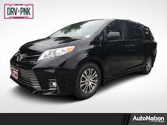 2020 Toyota Sienna XLE Van Passenger Van