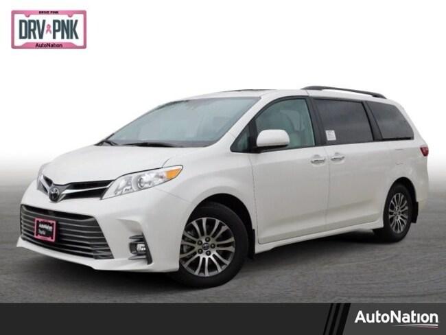 2019 Toyota Sienna XLE Premium Van