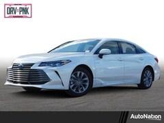2019 Toyota Avalon Hybrid Hybrid XLE Sedan