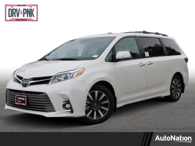 2019 Toyota Sienna Limited Van
