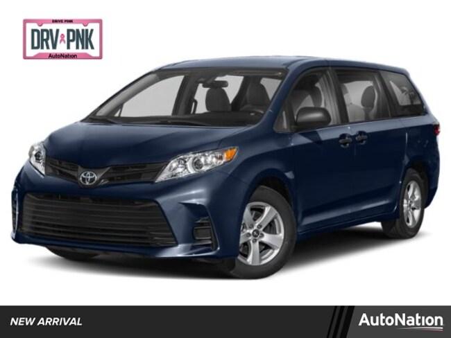 2020 Toyota Sienna XLE Premium Van