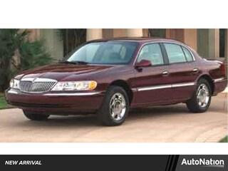 2002 Lincoln Continental Sedan