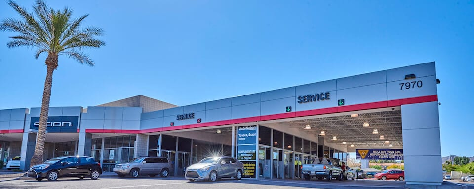 Exterior view of AutoNation Toyota Tempe Service Center