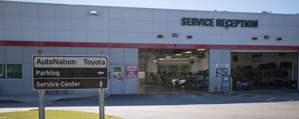 Exterior view of AutoNation Toyota Thornton Road Service Center
