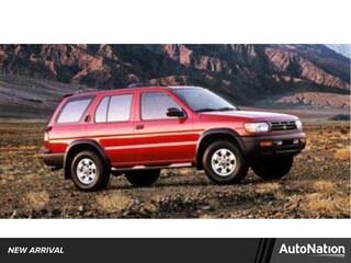 1999 Nissan Pathfinder SE SUV