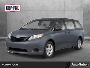 2013 Toyota Sienna XLE AAS Mini-van Passenger