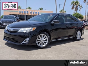 2013 Toyota Camry XLE 4dr Car