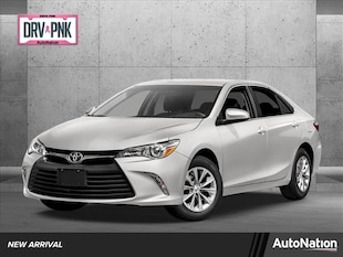 2017 Toyota Camry XLE 4dr Car