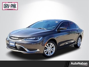 2017 Chrysler 200 Limited Platinum 4dr Car